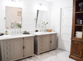 Double-Vanities-in-Master-