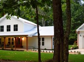Industrial Farm House